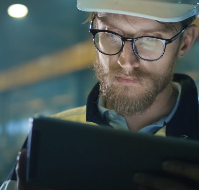 7 reasons why going paperless is good for on-site Health and Safety